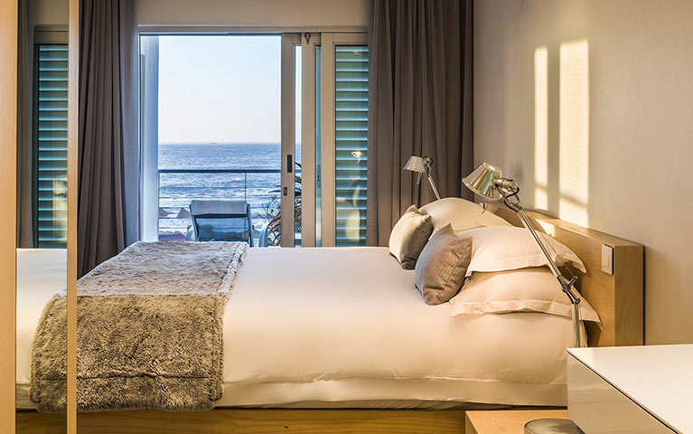 south-beach-camps-bay-classic-plus-suite-mobile-1