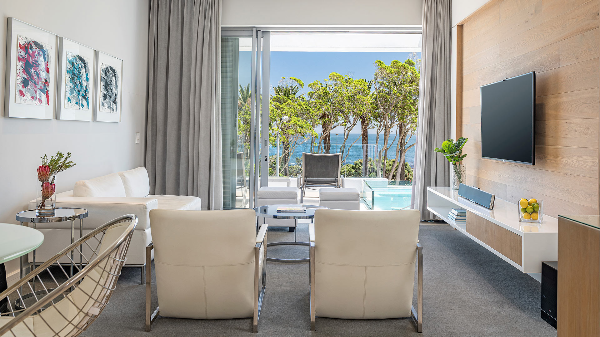 south-beach-camps-bay-luxury-penthouse-pool-extra-1