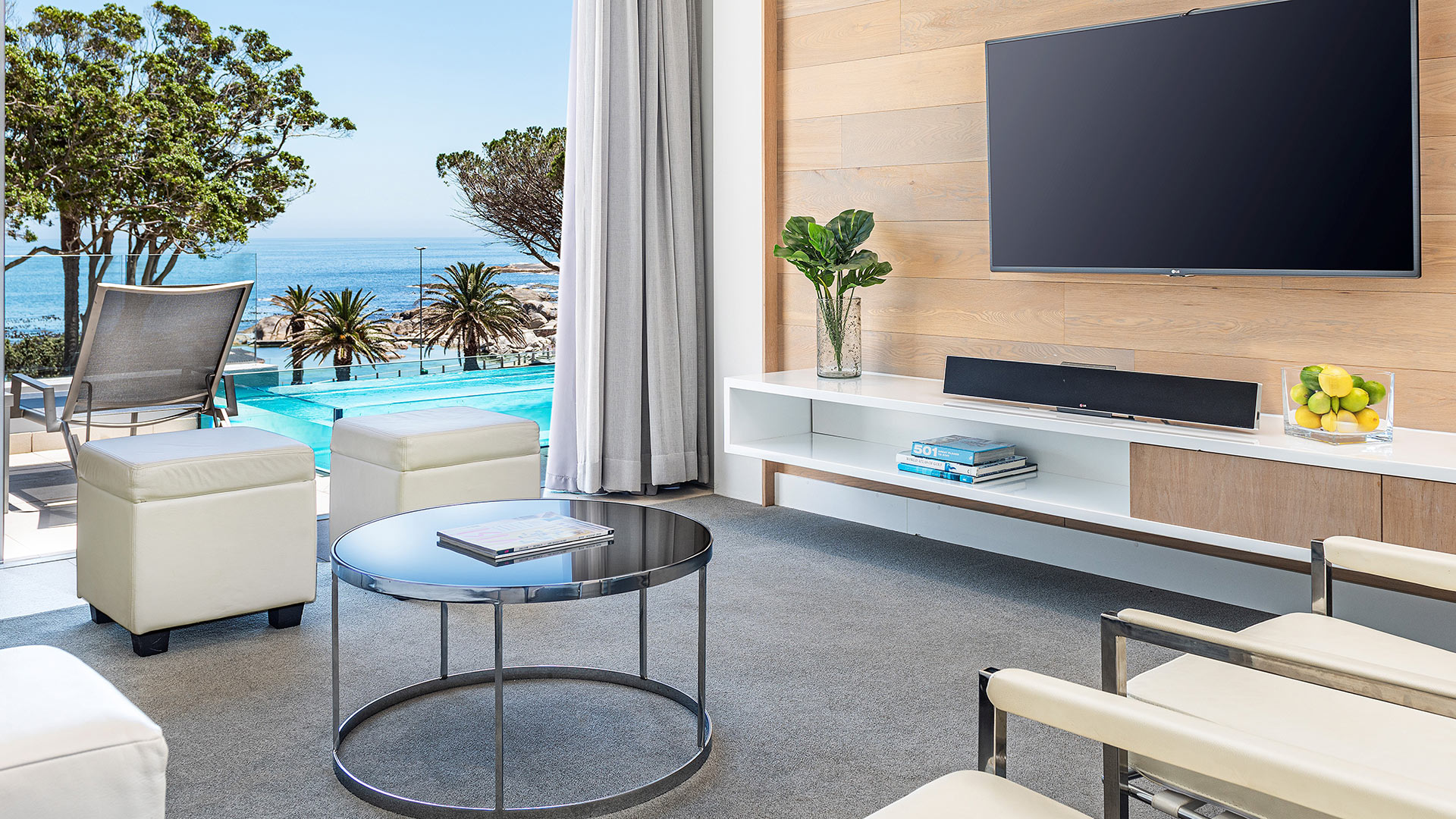 south-beach-camps-bay-luxury-penthouse-pool-extra-2