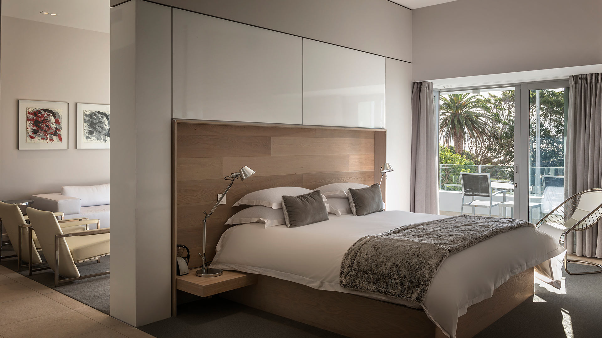 south-beach-camps-bay-one-bed-luxury-1