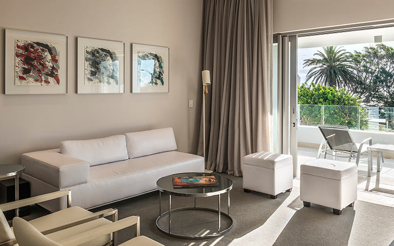 south-beach-camps-bay-one-bed-luxury-mobile-3