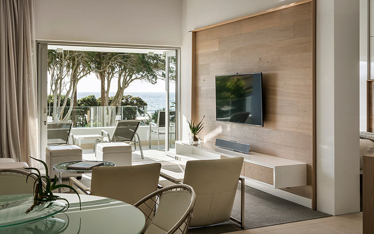 south-beach-camps-bay-one-bed-luxury-mobile-4