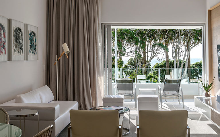 south-beach-camps-bay-one-bed-luxury-mobile-5
